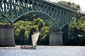 Sailing a reproduction bateau on the Kennebec