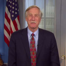 Angus King honors Donald Soctomah